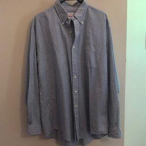 Brooke Brothers long sleeve seersucker shirt